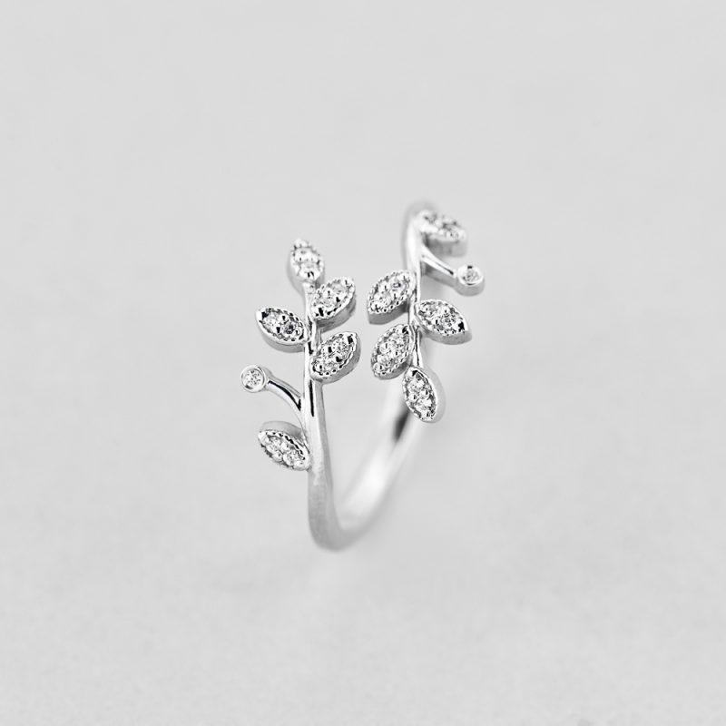 Кольцо Серебряные Ветки недорого