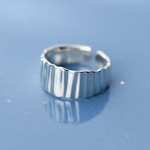 Кольцо Лирика недорого