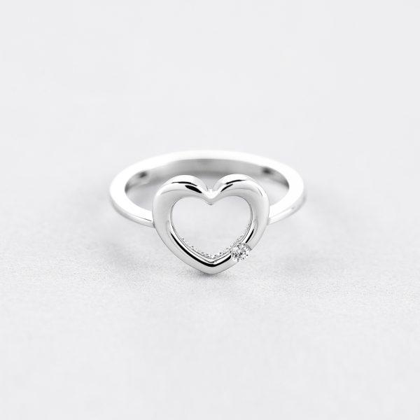 Кольцо Love недорого