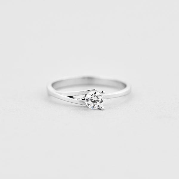 Кольцо Символ любви купить