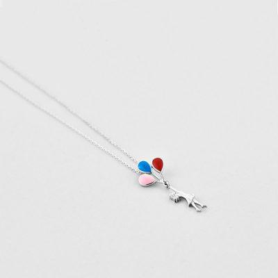 Підвіска Дівчина з кульками недорого