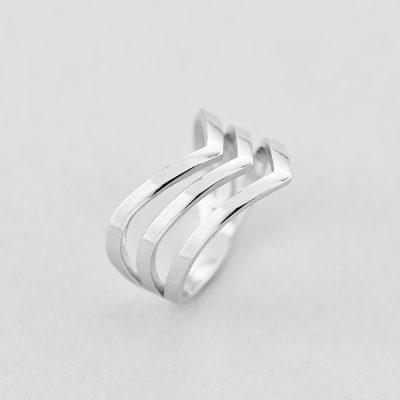 Кольцо Три Линии недорого