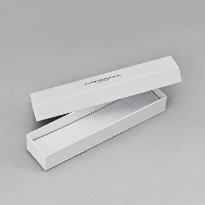 - Преміум упаковка для кольє та браслетів