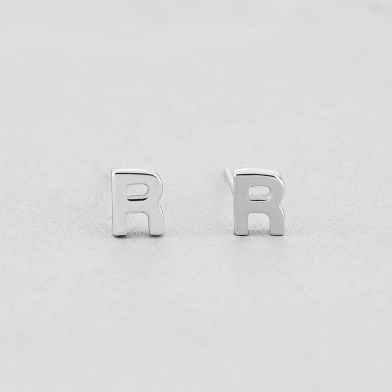 Сережки Letter R недорого