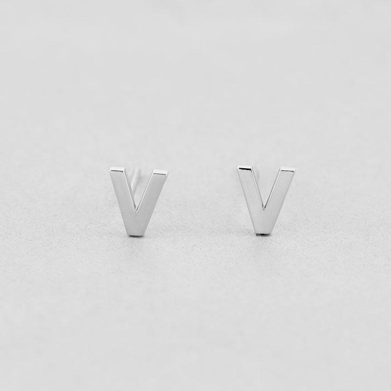 Сережки Letter V купить