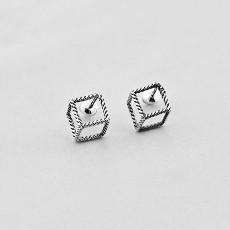 Квадратные серебряные серьги